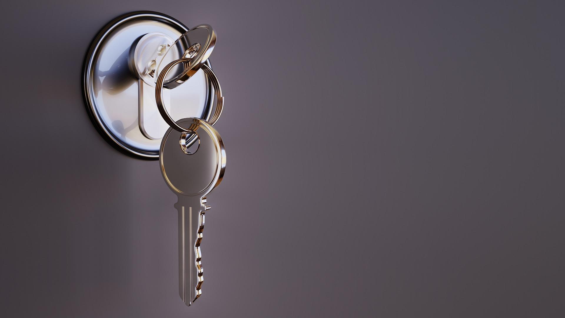 Komu może być przyznany pobyt w mieszkaniu chronionym?