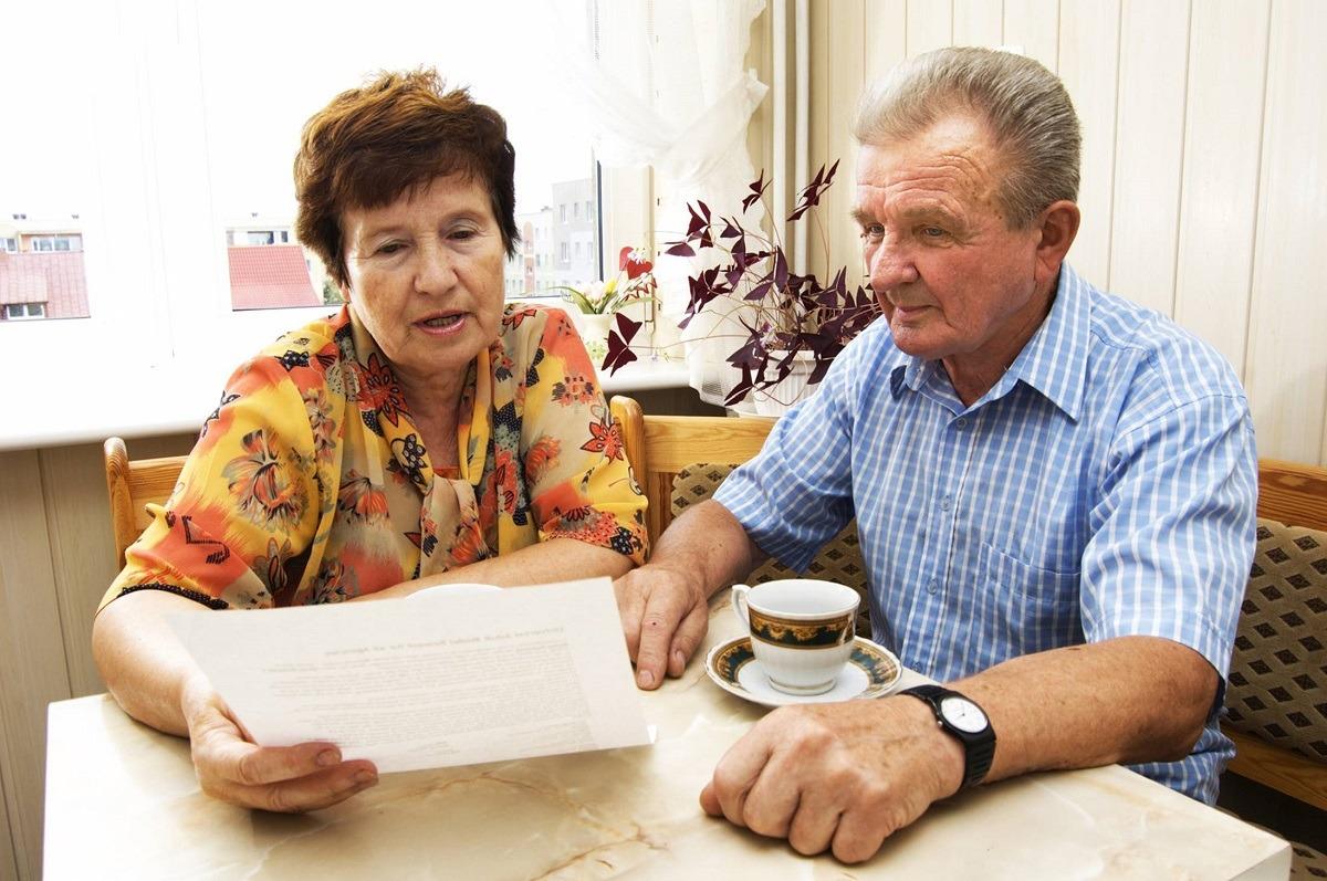 Sposoby na problemy finansowe seniorów